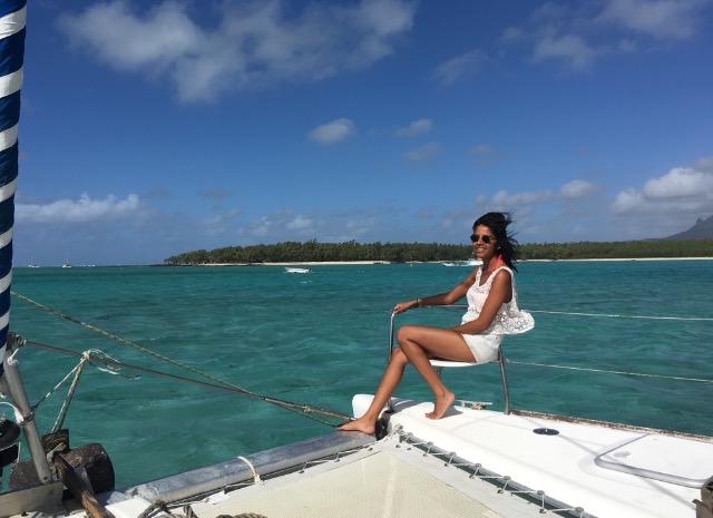 roze sur le catamaran