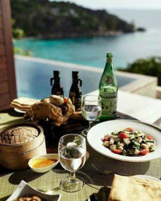 Instagram Four Seasons Seychelles Repas léger dans sa villa privée