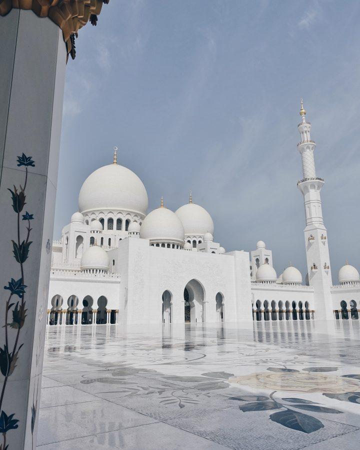 L'esplanade de la mosquée